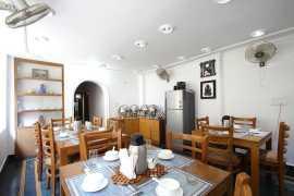 In-House Restaurant 1_tn