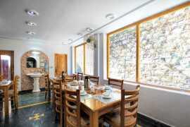 In-House Restaurant 2_tn